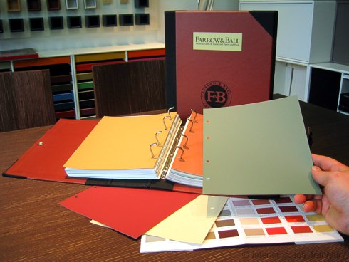 Farrow ball farben und tapeten im showroom frankfurt