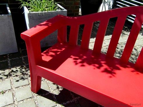 Serralunga Rote Sitzbank Outdoor